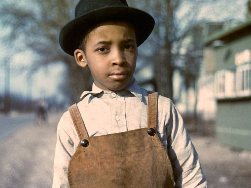 boy-near-cincinnati-ohio-1942-or-1943